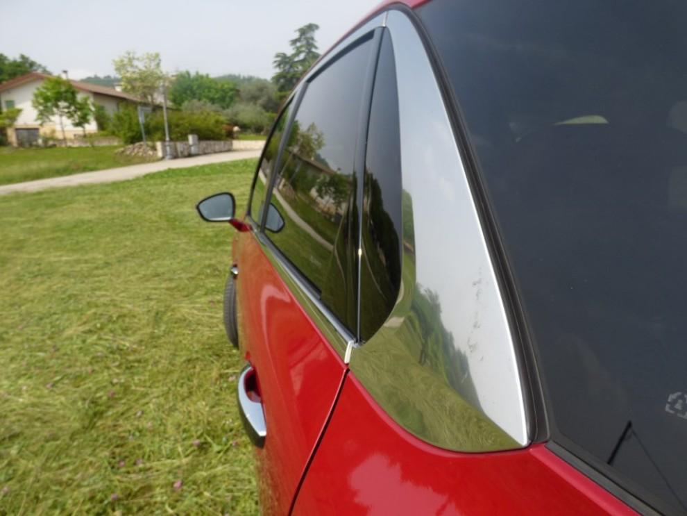 Citroën C4 Picasso 2.0 BlueHDi 150 Cv EAT6 Exclusive provata su strada da Infomotori - Foto 20 di 20