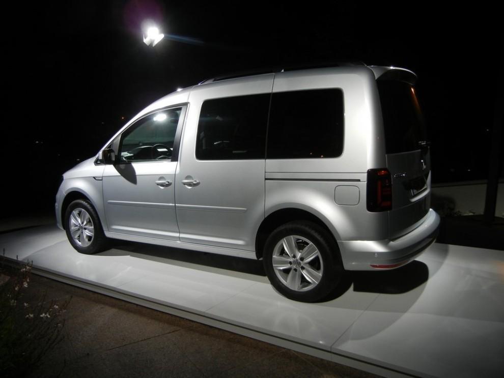 Nuovo Volkswagen Caddy prova su strada e prezzi - Foto 4 di 8