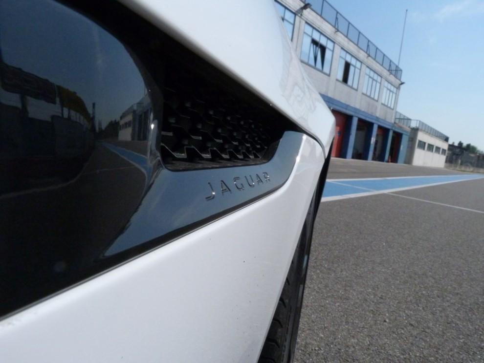 Jaguar F-Type S AWD provata in pista - Foto 20 di 58