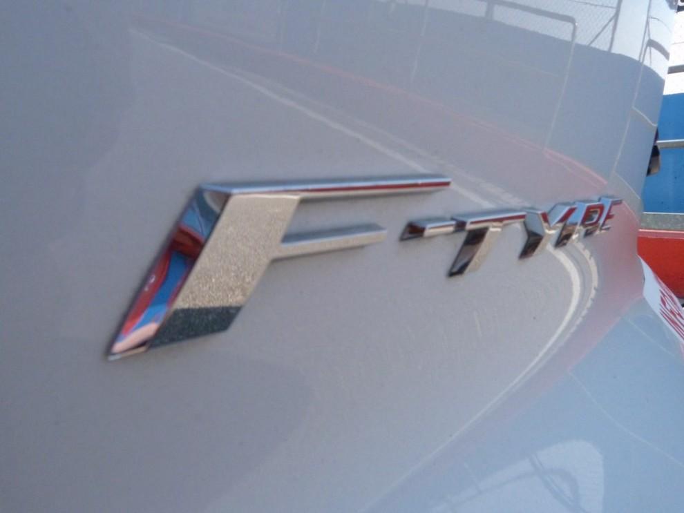 Jaguar F-Type S AWD provata in pista - Foto 24 di 58