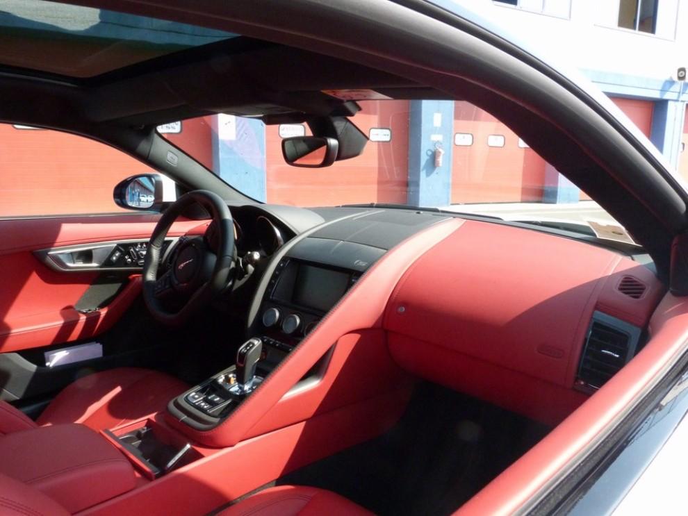 Jaguar F-Type S AWD provata in pista - Foto 44 di 58