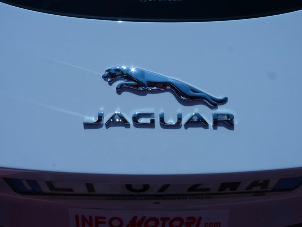 Jaguar F-Type S AWD provata in pista - Foto 48 di 58
