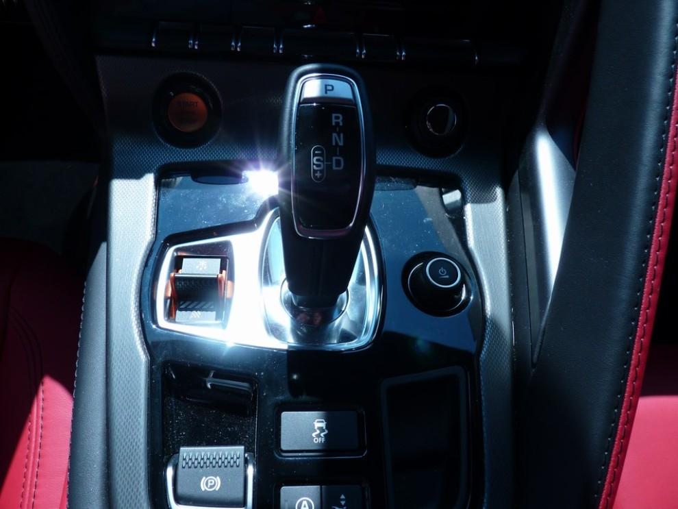 Jaguar F-Type S AWD provata in pista - Foto 58 di 58