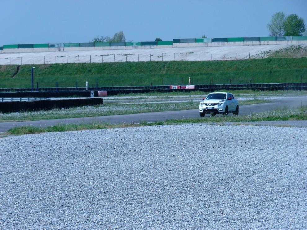 Nissan Juke Nismo RS prova su pista - Foto 46 di 59