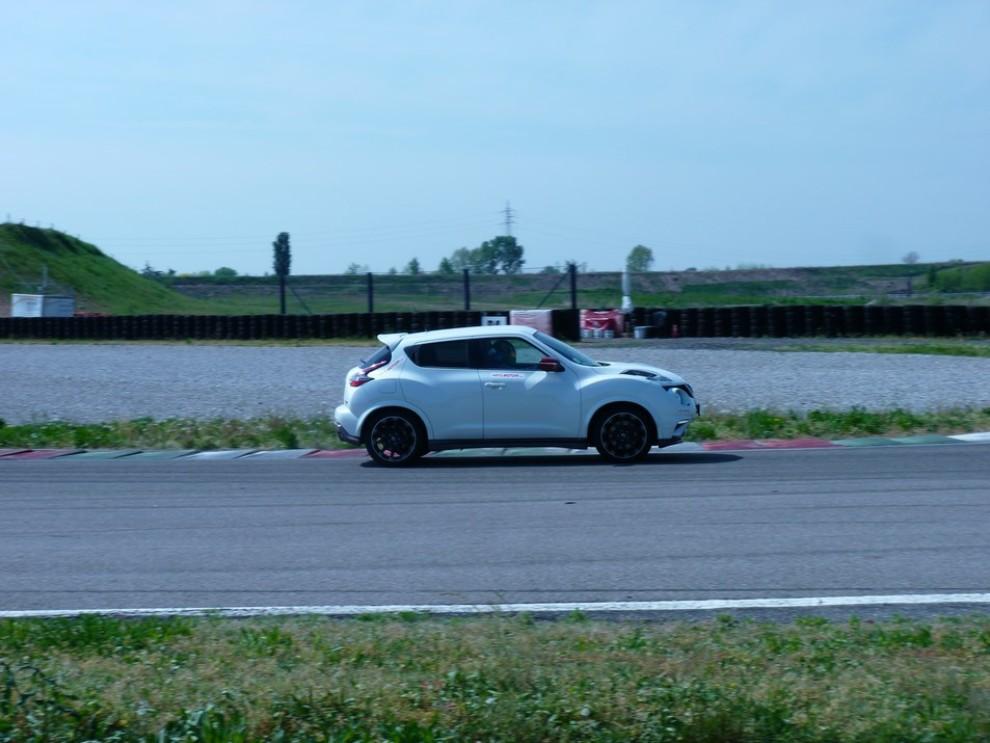 Nissan Juke Nismo RS prova su pista - Foto 47 di 59
