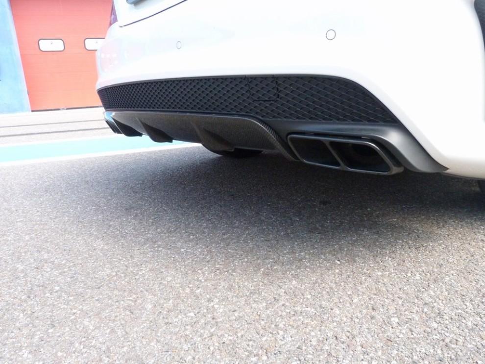 Mercedes CLA Shooting Brake 45 AMG la prova in pista - Foto 27 di 43