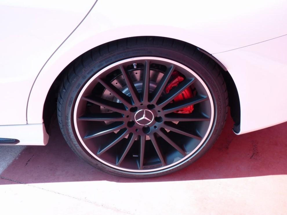 Mercedes CLA Shooting Brake 45 AMG la prova in pista - Foto 34 di 43