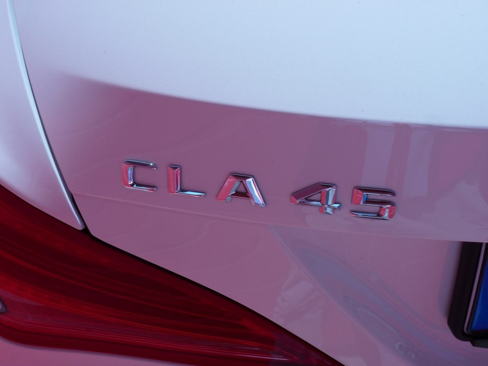 Mercedes CLA Shooting Brake 45 AMG la prova in pista - Foto 37 di 43