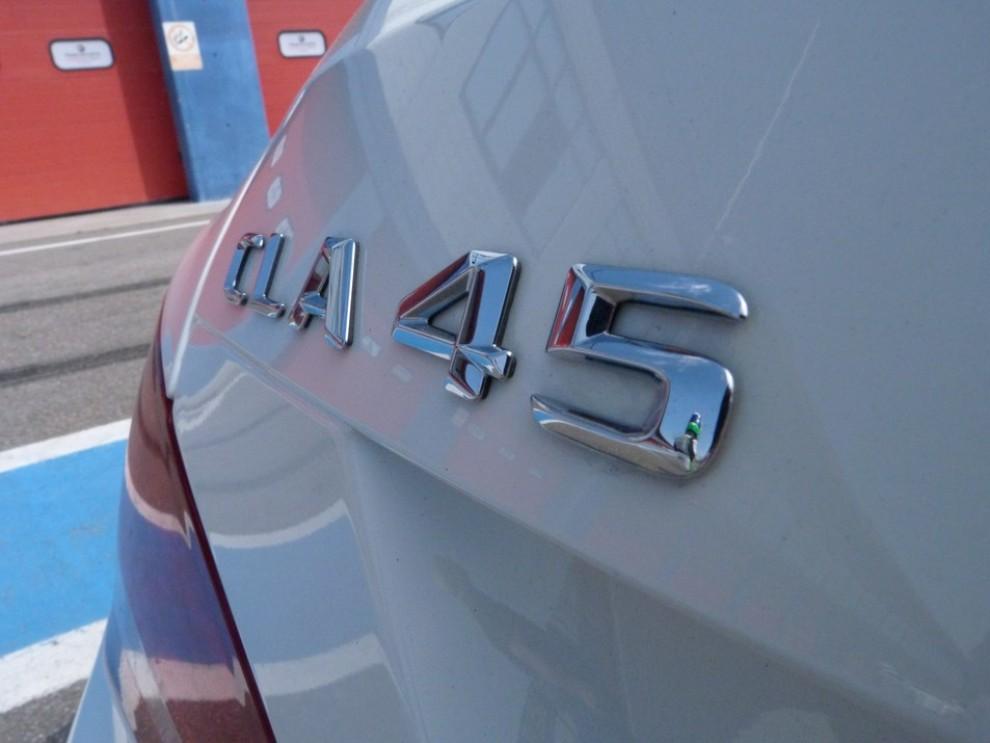 Mercedes CLA Shooting Brake 45 AMG la prova in pista - Foto 43 di 43