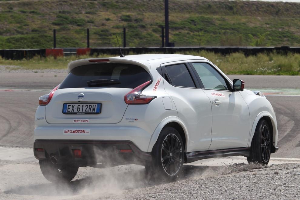 Nissan Juke Nismo RS prova su pista - Foto 11 di 59