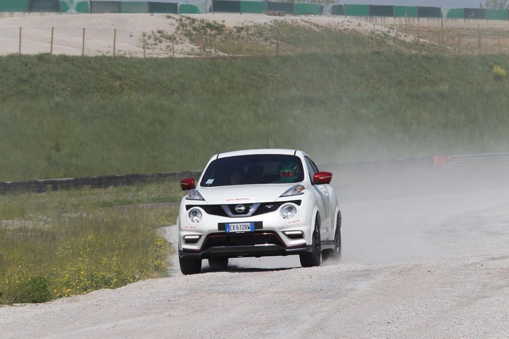 Nissan Juke Nismo RS prova su pista - Foto 13 di 59