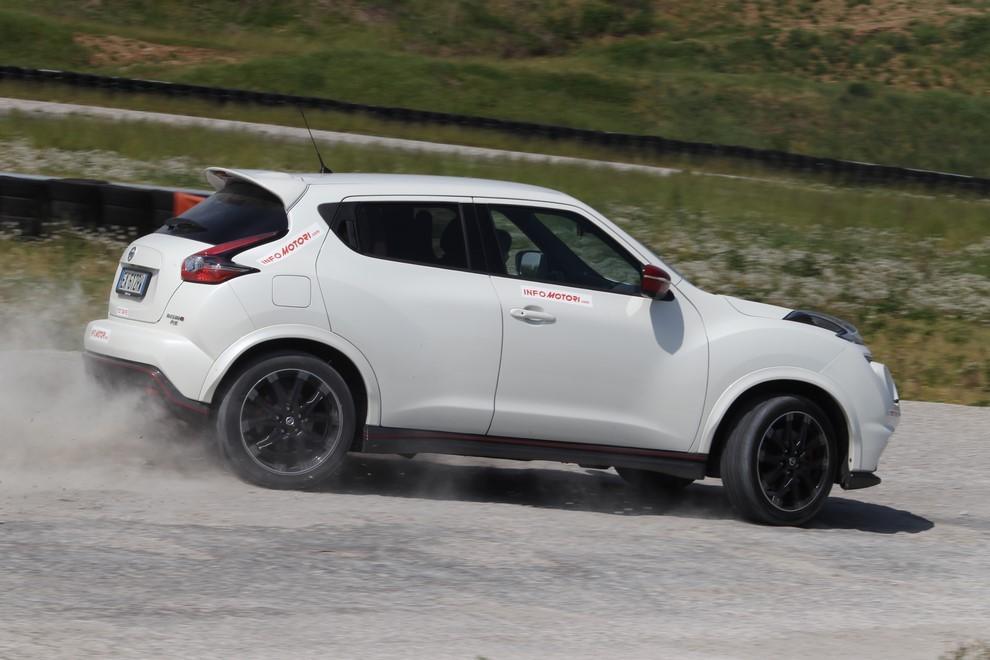Nissan Juke Nismo RS prova su pista - Foto 15 di 59