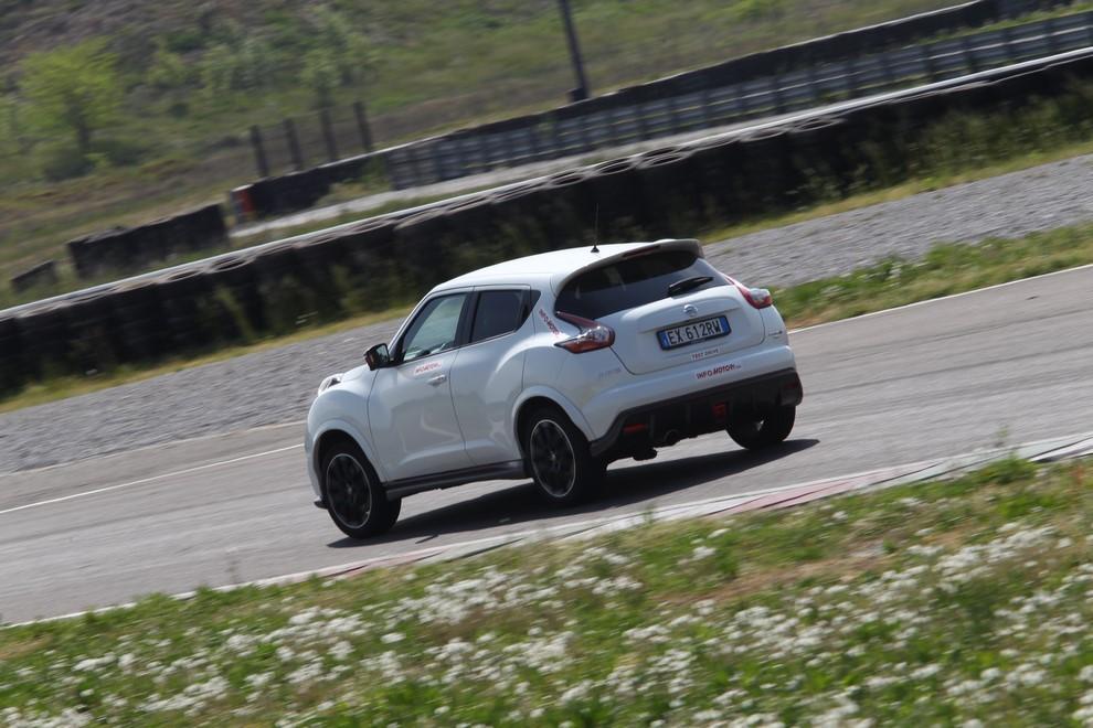 Nissan Juke Nismo RS prova su pista - Foto 7 di 59