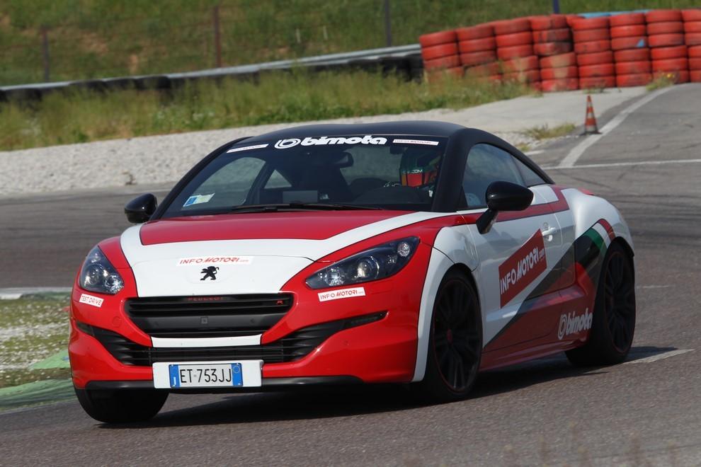Peugeot RCZ-R Bimota, la one-off scende in pista con Infomotori - Foto 14 di 26