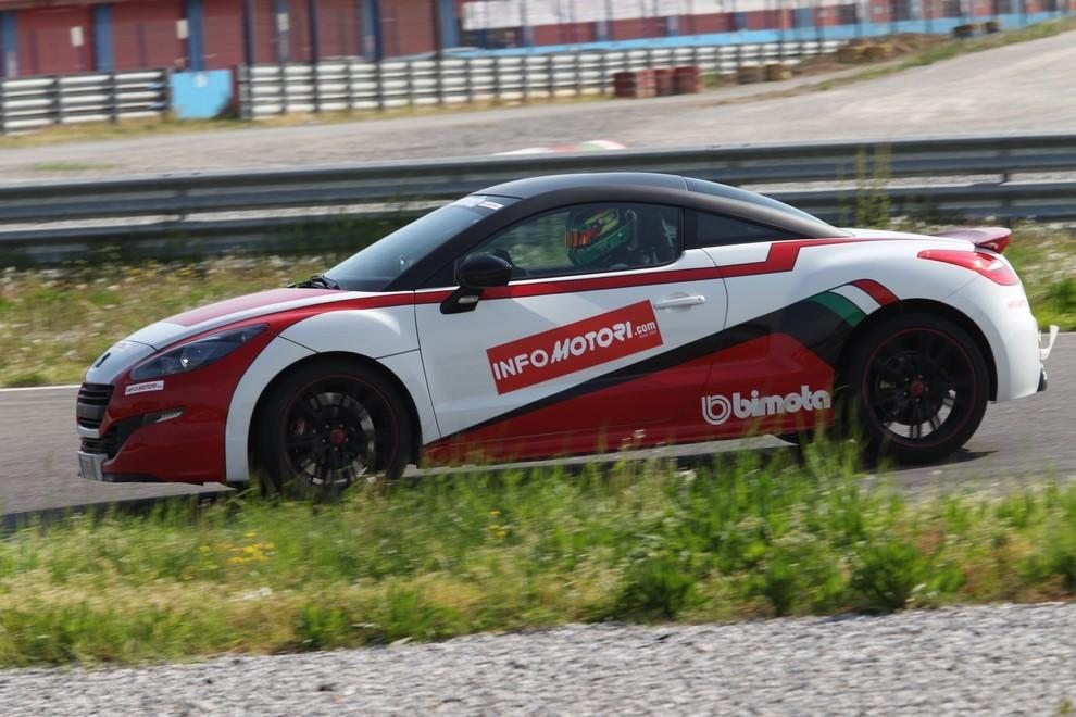Peugeot RCZ-R Bimota, la one-off scende in pista con Infomotori - Foto 1 di 26