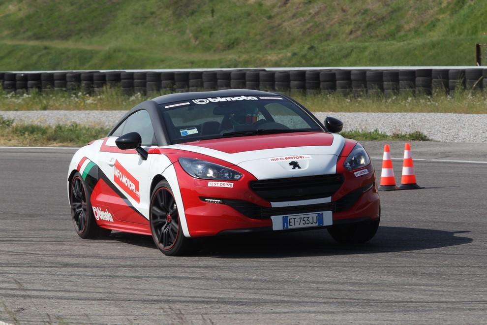 Peugeot RCZ-R Bimota, la one-off scende in pista con Infomotori - Foto 5 di 26