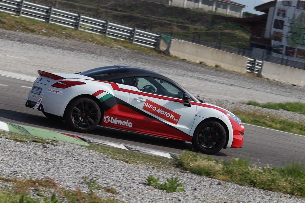 Peugeot RCZ-R Bimota, la one-off scende in pista con Infomotori - Foto 6 di 26
