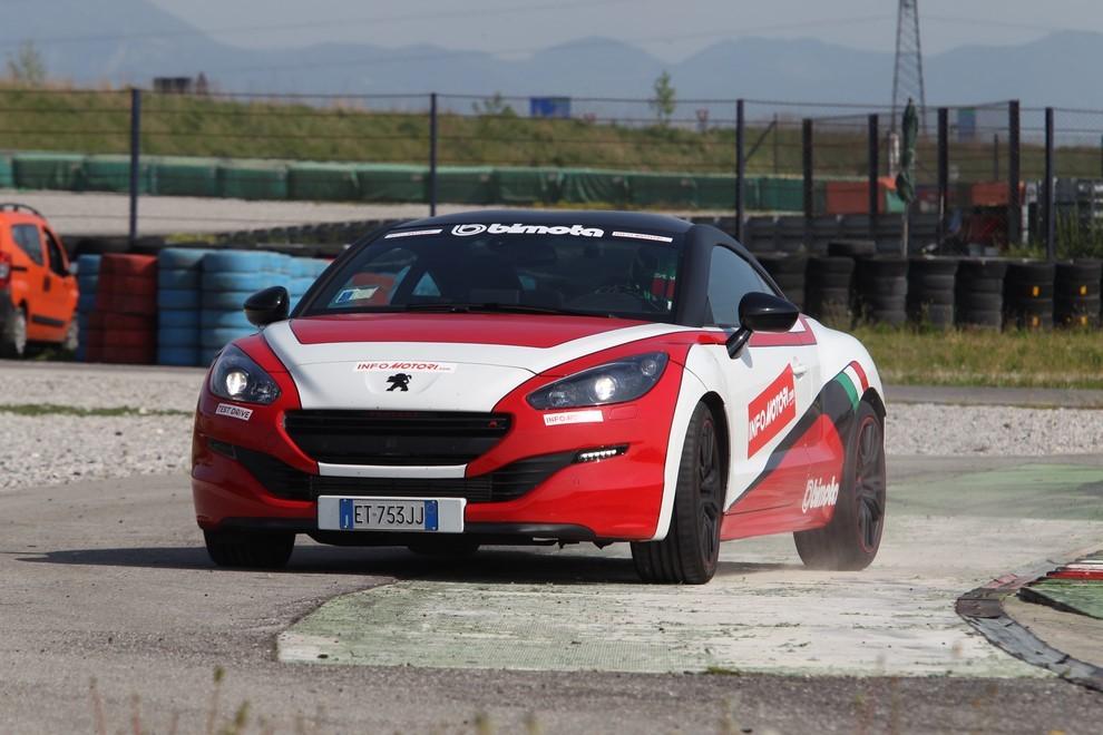 Peugeot RCZ-R Bimota, la one-off scende in pista con Infomotori - Foto 7 di 26