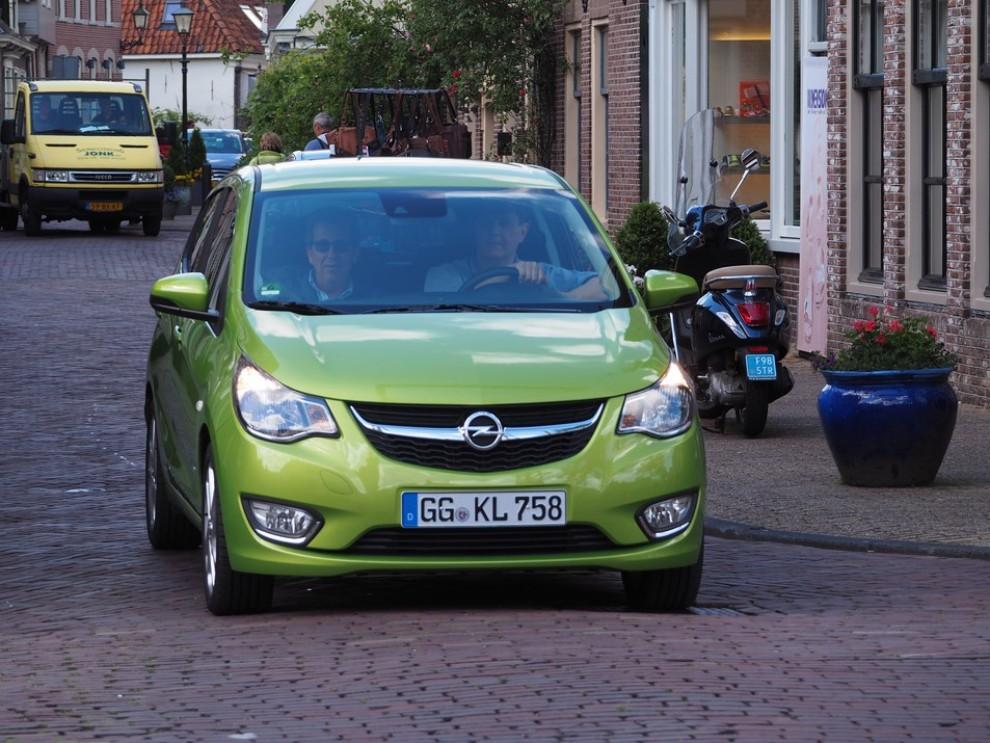 Opel Karl: prezzi, versioni e motorizzazioni - Foto 10 di 28