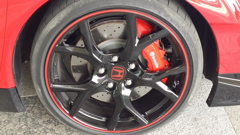 Honda Civic Type R prova su pista e prestazioni - Foto 22 di 26