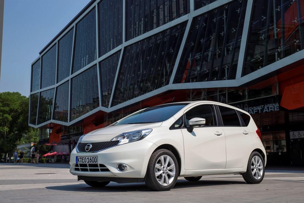 Nissan Note listino prezzi con motori Euro6 - Foto 13 di 18