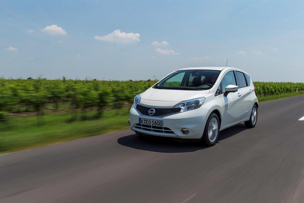 Nissan Note listino prezzi con motori Euro6 - Foto 2 di 18