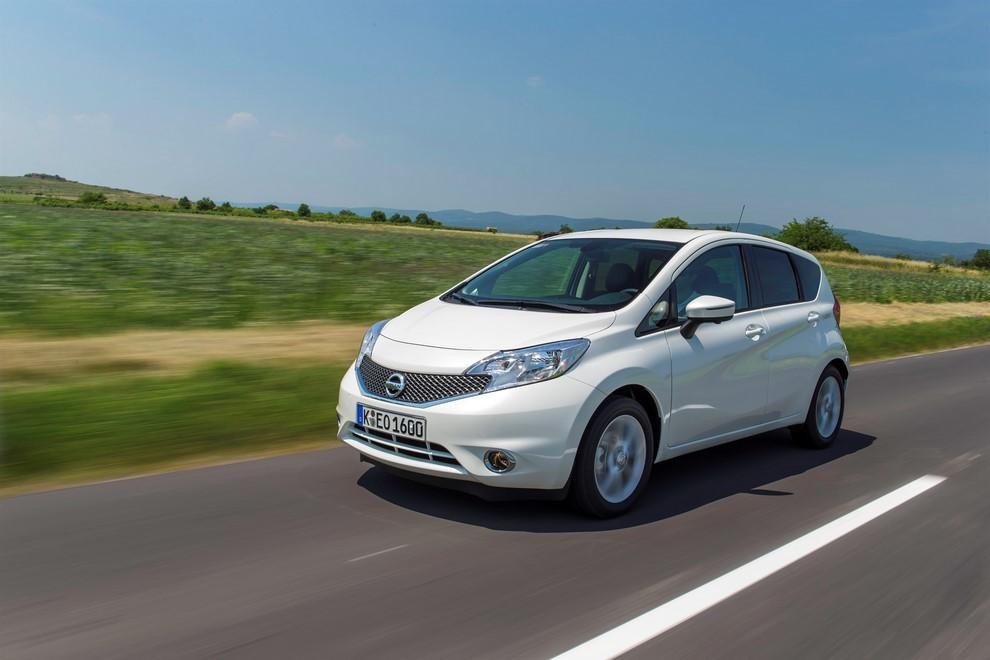 Nissan Note listino prezzi con motori Euro6 - Foto 4 di 18