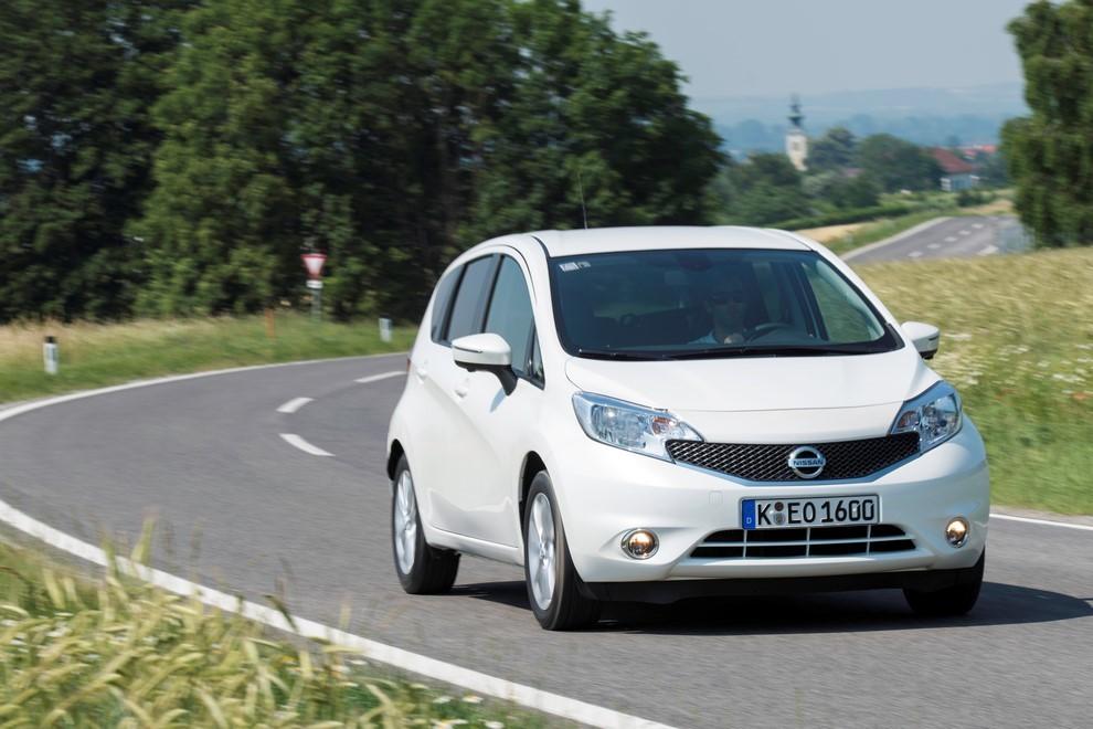 Nissan Note listino prezzi con motori Euro6 - Foto 9 di 18