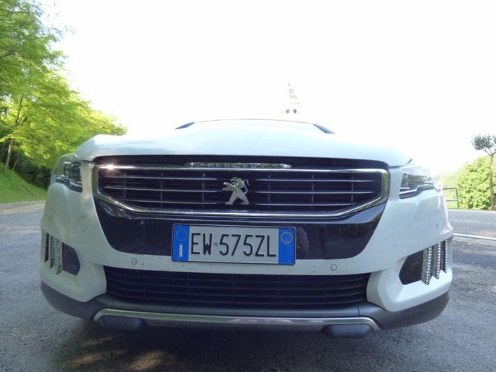 Peugeot 508 RXH ibrida diesel: la prova di Infomotori - Foto 8 di 29