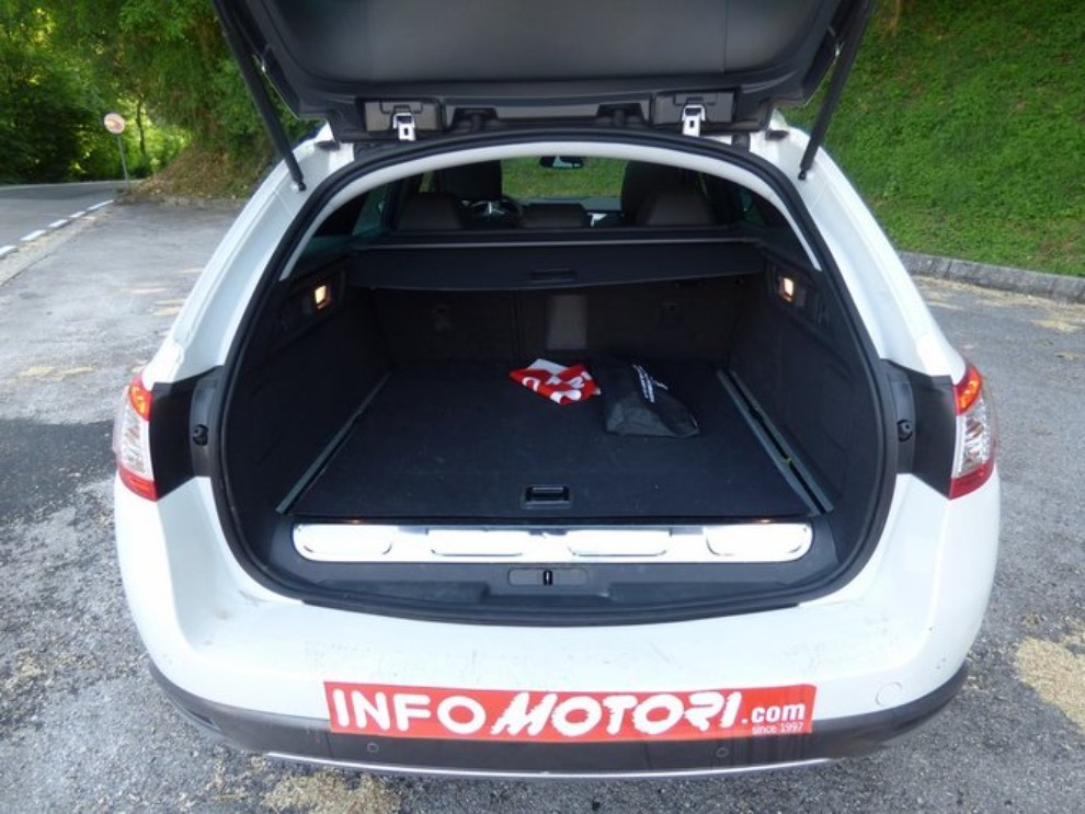 Peugeot 508 RXH ibrida diesel: la prova di Infomotori - Foto 21 di 29