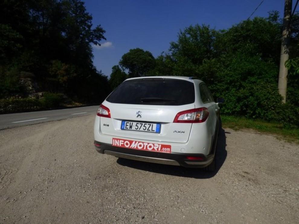 Peugeot 508 RXH ibrida diesel: la prova di Infomotori - Foto 24 di 29