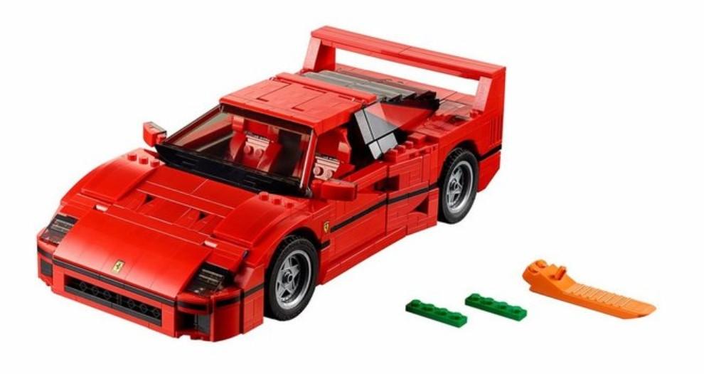 Ferrari F40 Lego - Foto 9 di 13