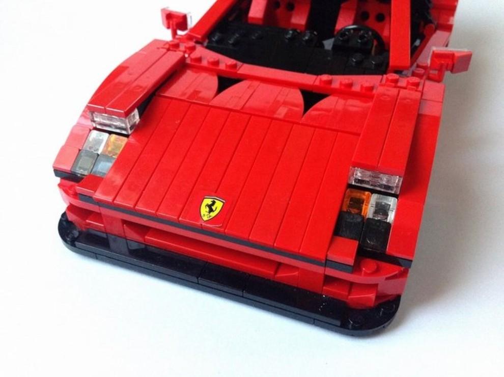 Ferrari F40 Lego - Foto 1 di 13