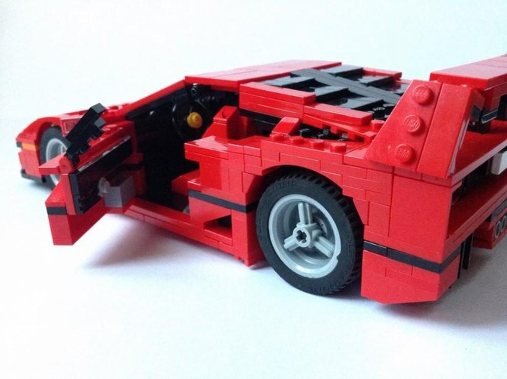 Ferrari F40 Lego - Foto 11 di 13