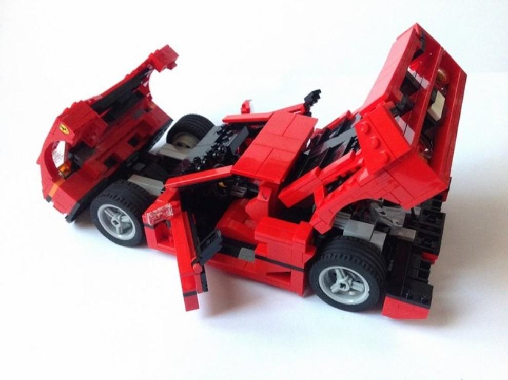 Ferrari F40 Lego - Foto 13 di 13
