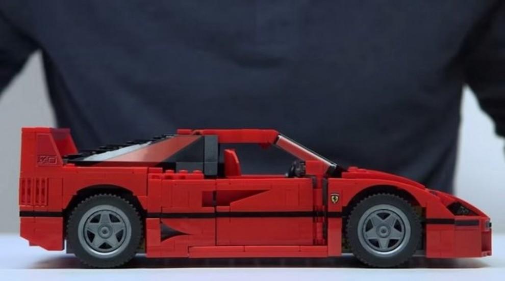 Ferrari F40 Lego - Foto 2 di 13