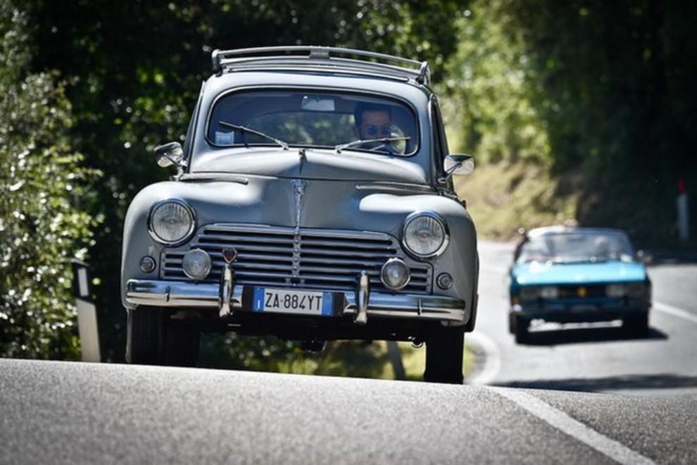 Abolizione bollo auto storiche: l'Aci denuncia discriminazioni territoriali - Foto 6 di 11