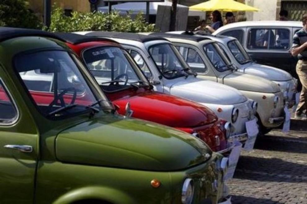 Abolizione bollo auto storiche: l'Aci denuncia discriminazioni territoriali - Foto 11 di 11