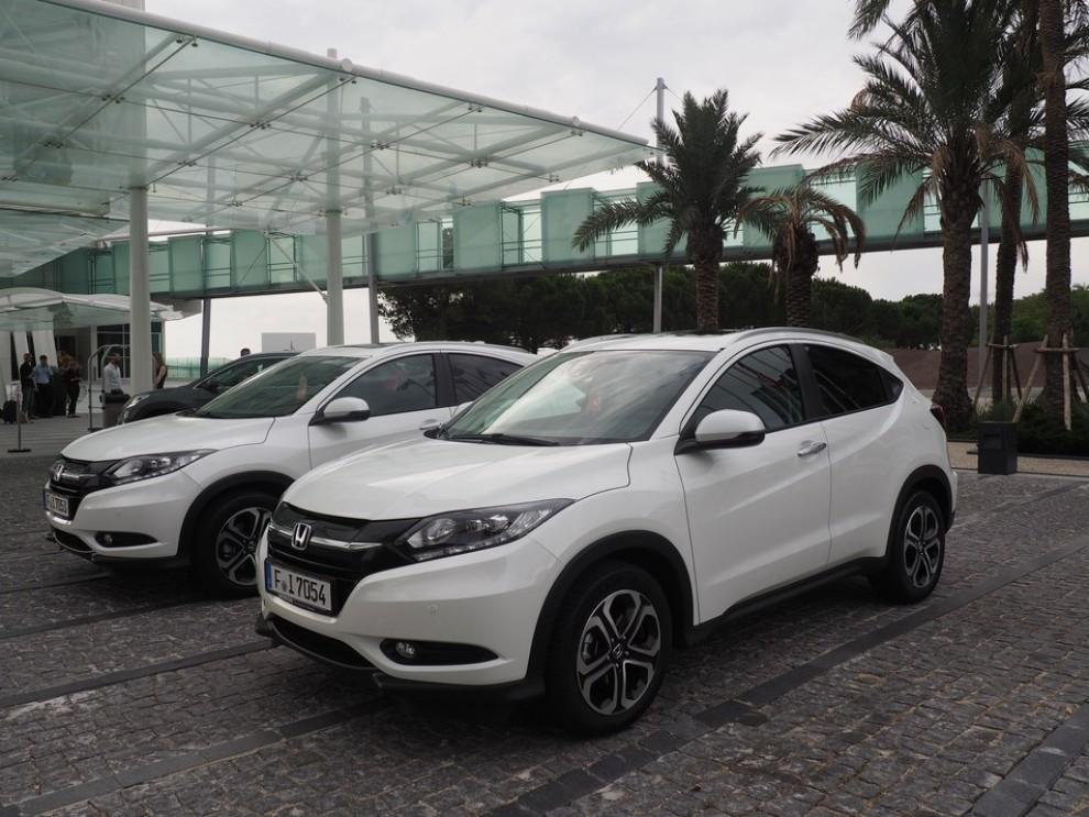 Honda HR-V, prova su strada della nuova generazione del Suv giapponese - Foto 12 di 15
