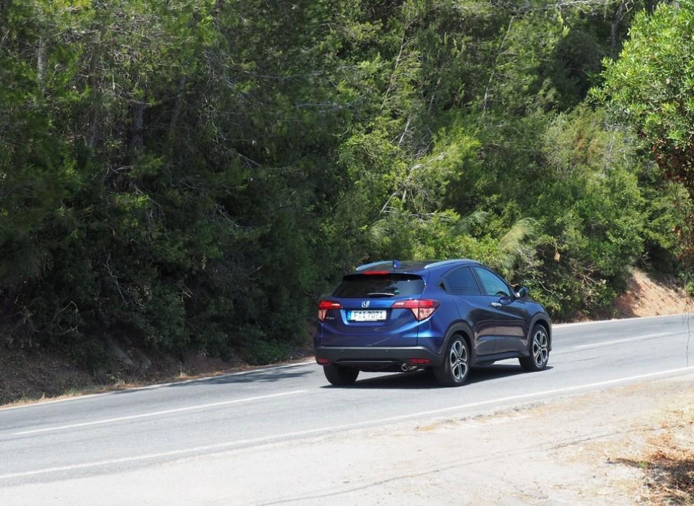 Honda HR-V, prova su strada della nuova generazione del Suv giapponese - Foto 1 di 15