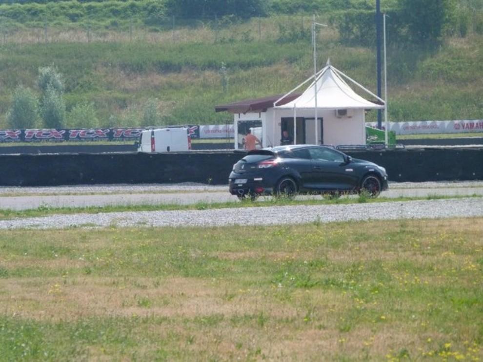 Renault Megane RS, l'auto giusta per divertirsi - Foto 14 di 19