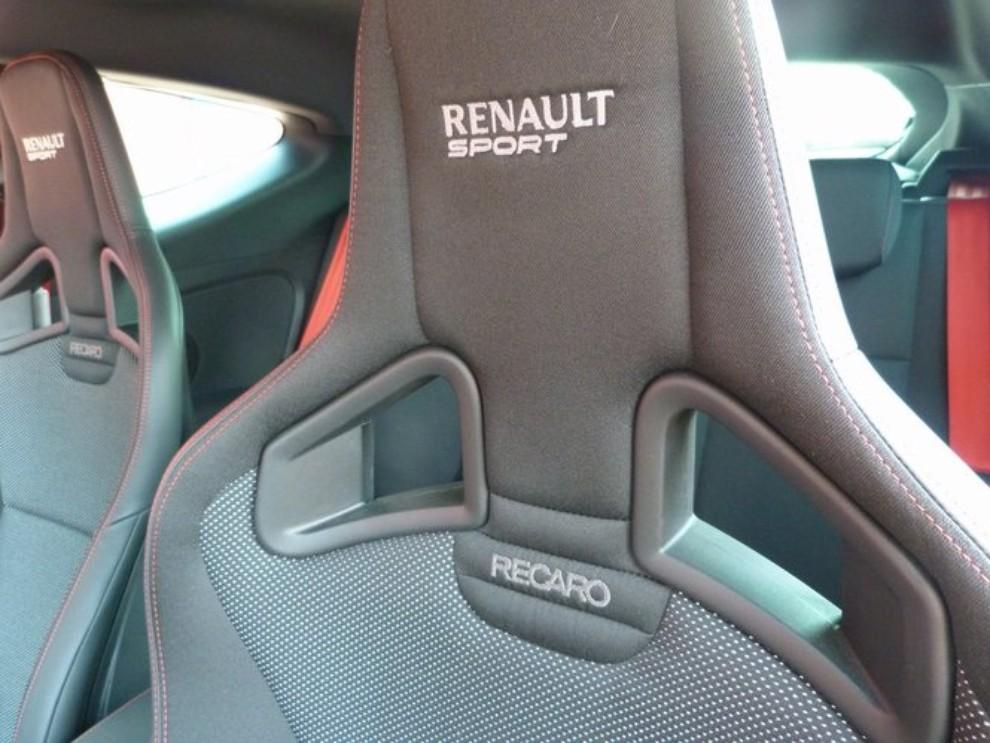 Renault Megane RS, l'auto giusta per divertirsi - Foto 4 di 19