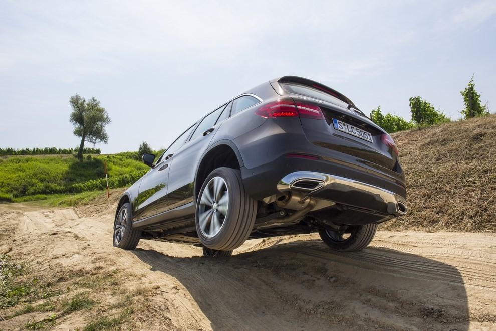 Mercedes GLC: i prezzi e le informazioni del nuovo suv tedesco - Foto 29 di 63