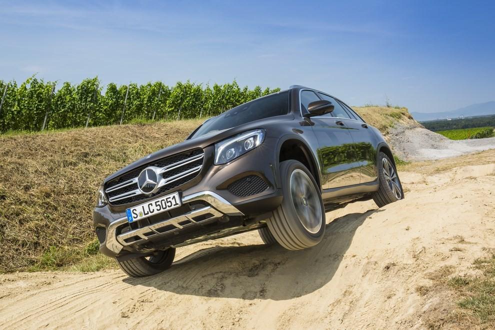 Mercedes GLC: i prezzi e le informazioni del nuovo suv tedesco - Foto 30 di 63