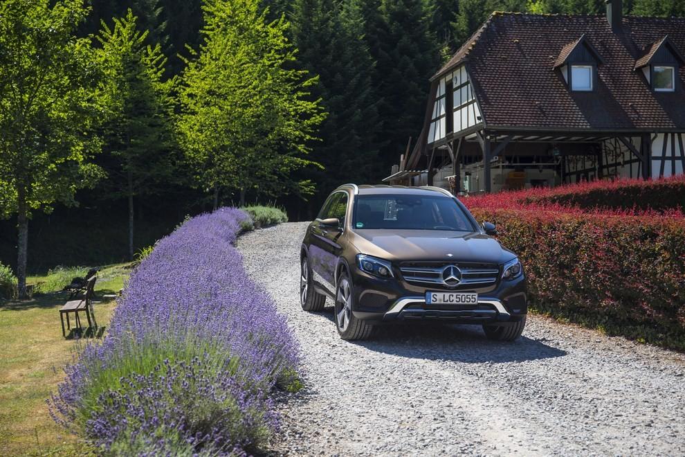 Mercedes GLC: i prezzi e le informazioni del nuovo suv tedesco - Foto 35 di 63