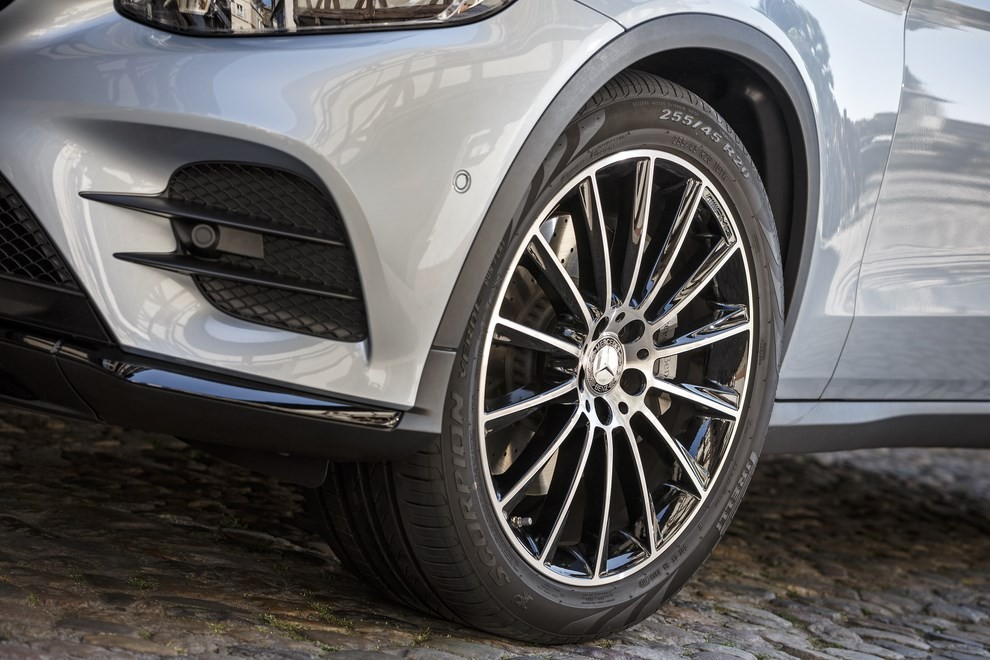 Mercedes GLC: i prezzi e le informazioni del nuovo suv tedesco - Foto 36 di 63