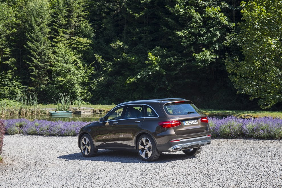 Mercedes GLC: i prezzi e le informazioni del nuovo suv tedesco - Foto 37 di 63