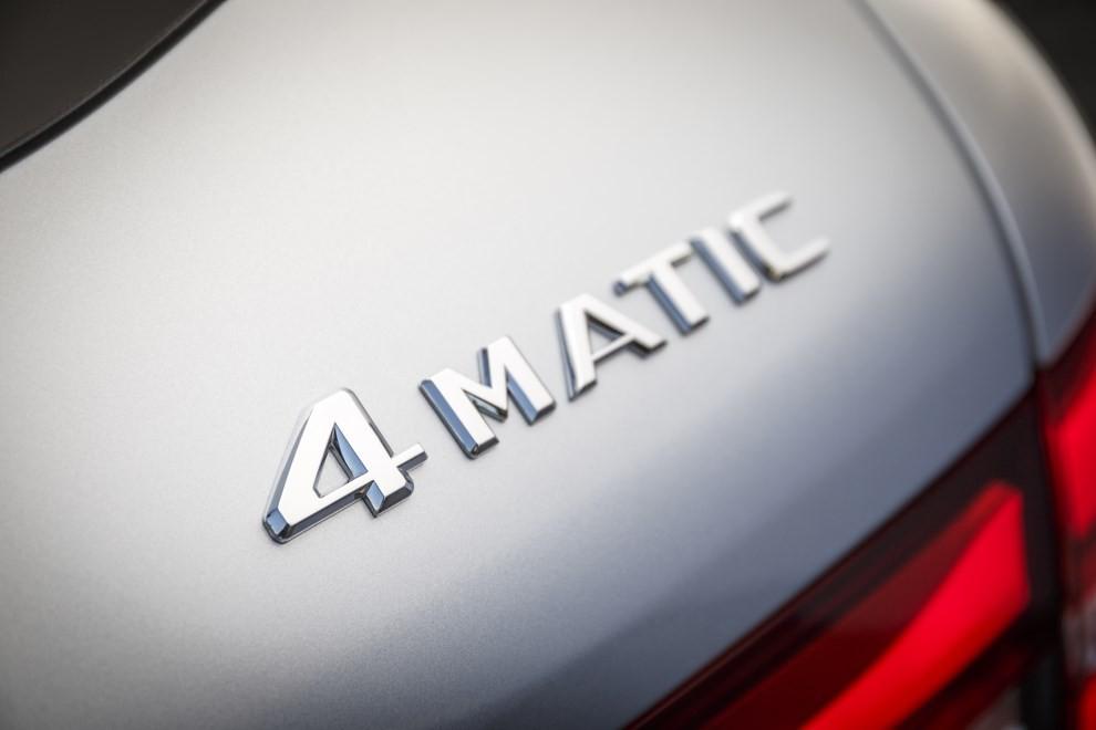 Mercedes GLC: i prezzi e le informazioni del nuovo suv tedesco - Foto 38 di 63
