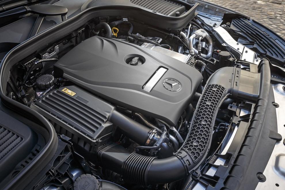 Mercedes GLC: i prezzi e le informazioni del nuovo suv tedesco - Foto 39 di 63