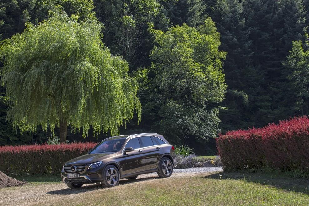 Mercedes GLC: i prezzi e le informazioni del nuovo suv tedesco - Foto 42 di 63
